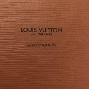 Louis Vuitton wallet EPI